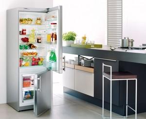 Ни одна кухня не обходится без холодильника